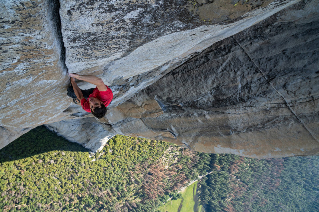 Alex Honnold Free Soloing Free Rider on el Cap